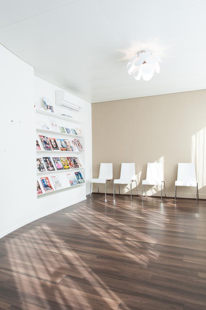 praxis rundgang decamed haut und laserzentrum z rich. Black Bedroom Furniture Sets. Home Design Ideas